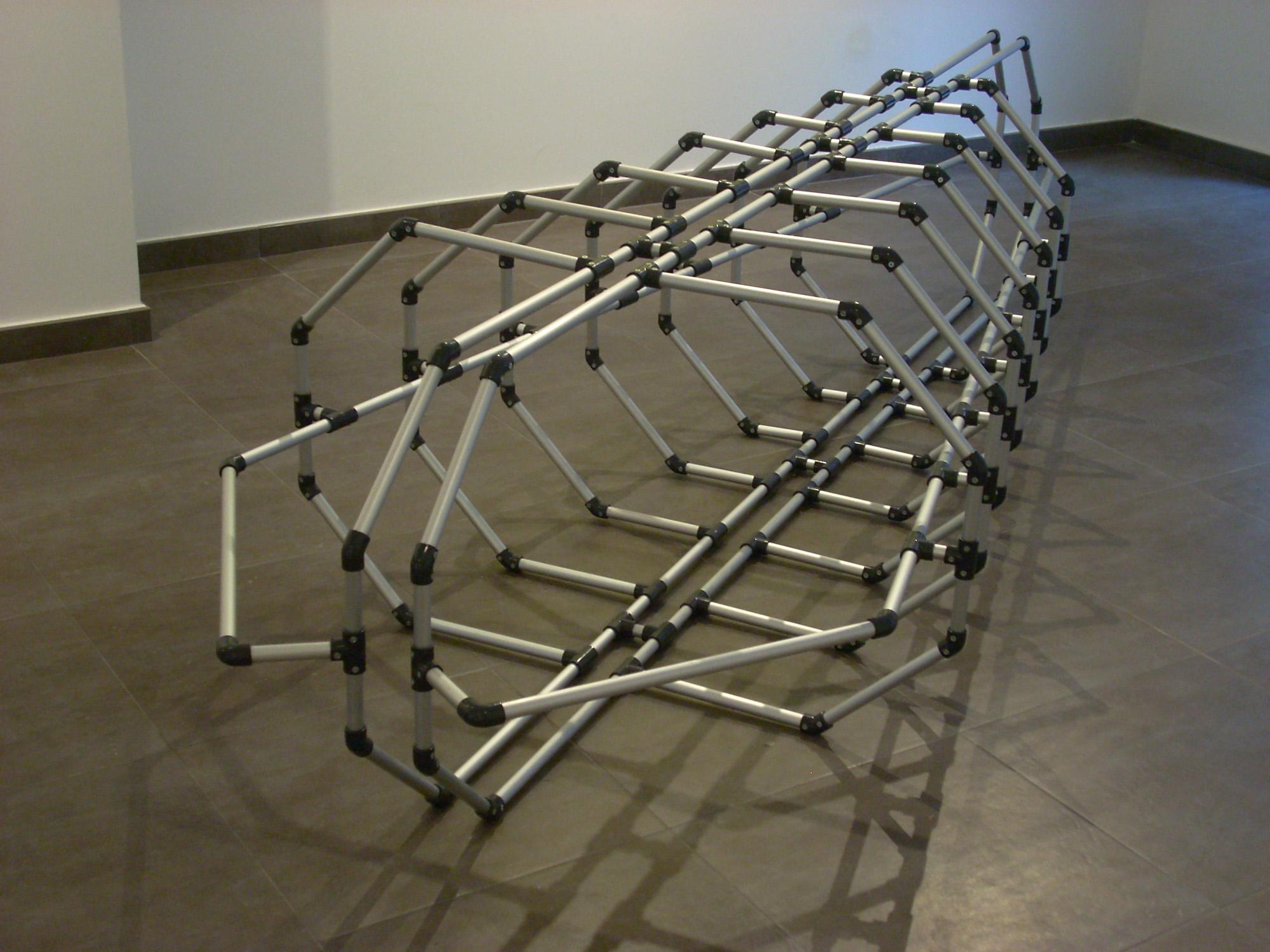 Capsula, aluminio P.V.C. cm. 300 x 65 x 108 -2009-