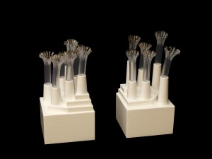 Bisogna stare attenti 1, Materiales plásticos, metal, D.M. lacado cm. 10x19,5x10 -2009-
